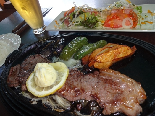 【2食付プラン】夕食はホテル内レストランで決まり!シェフ自慢のステーキ料理をご堪能下さい!朝食無料