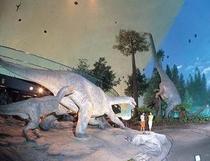 恐竜カスタマ