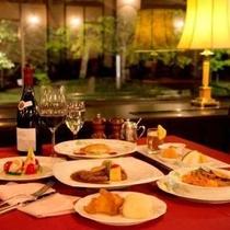レストランのディナーを心ゆくまでご堪能ください