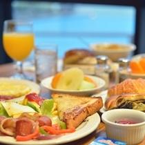 *朝食例:たっぷり食べて観光を満喫!