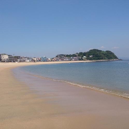 当館の目の前の砂浜