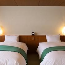 ■412のお部屋 広さもあるベッドで人気です