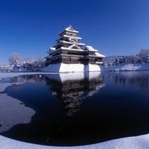 ◆松本城。冬の松本城は凛とした美しさがあります。