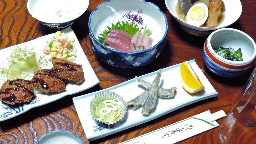 *【夕食一例】ボリューム満点で若い人にも好評