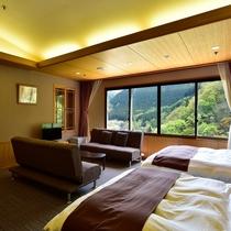 【本館最上階特別室】洋室二間の特別室