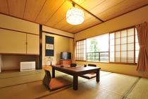 【二間客室】和室10畳+ベッドルーム(和室10畳)