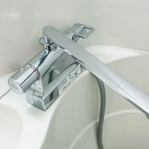 混合水栓で温度調整もらくらく♪