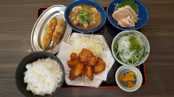【夕食4000円分付き】鶏のジョージで郷土料理を食す◆彩り豊かな朝食無料サービス ◆◆