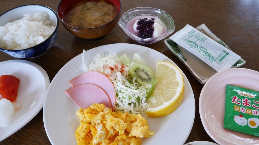 *【食事/朝食一例】「地元/妙高のお米」使用の身体に優しい朝食をご用意いたします。