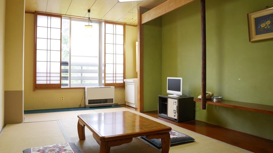 *【和室9畳一例】6名様までご利用いただけるお部屋で、部屋内には洗面所もご用意しております。