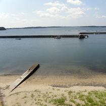 楽天-眼下に広がる的矢湾の海景色