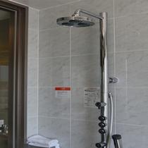 ボディーシャワー