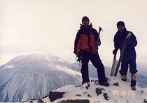 厳冬の朝日岳山頂