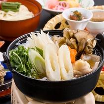 おすすめ郷土料理・きりたんぽ鍋