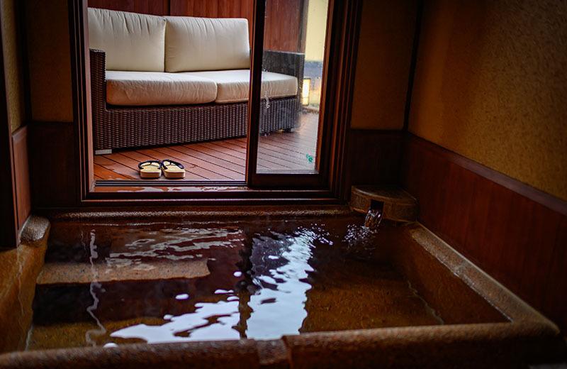 本館 和洋室「小涌」浴室
