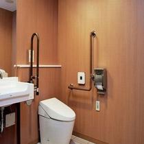 2Fに多目的トイレがございます。