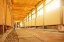 ホテルと温泉を繋ぐ渡り廊下