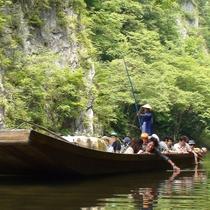 *【周辺観光:猊鼻渓】ゆったりと、贅沢な水辺の時間が過ごせる猊鼻渓