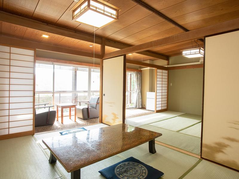 本館14畳和室