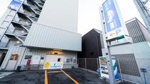 ◆ホテル立体駐車場(24台・先着順)
