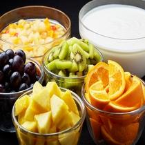 ◆デザートにはヨーグルトやフルーツポンチもあります♪