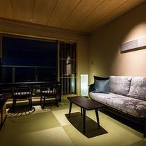 特別フロア『たいしょ』7階 展望温泉風呂付客室(リビングルーム)