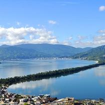 【日本三景「天橋立」】股のぞきで有名な傘松公園からは「昇龍観」を望めます(当館より車で約55分)