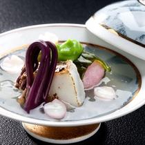 【桜葉道明寺蒸し】春の料理一例