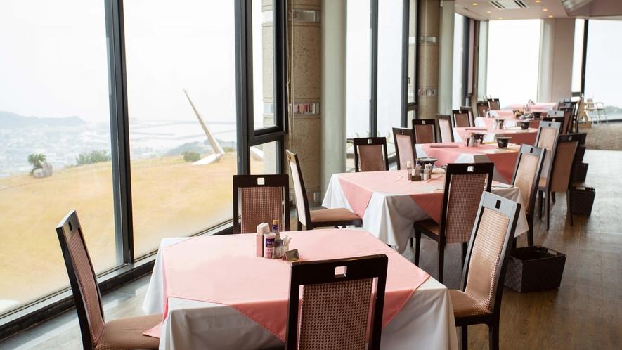 *【レストラン】瀬戸内海を一望できるレストランです。