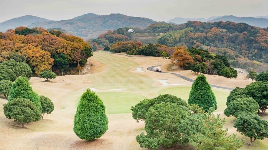 *【ゴルフ場】冬のコースの様子。淡路島は温暖な気候なので冬も人気です。