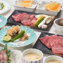 *【牛会席】やわらかな国産牛を陶板焼きでどうぞ。淡路島の玉ねぎサラダもご好評です。