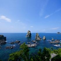 青海島観光汽船(車で約25分)