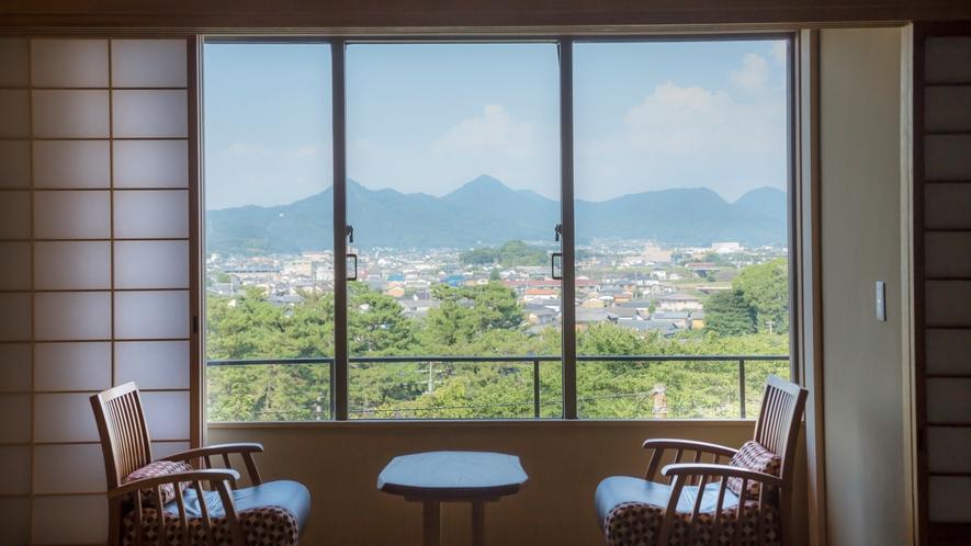 【山翠閣/和室】門前町や庭園を眺める和室(一例)