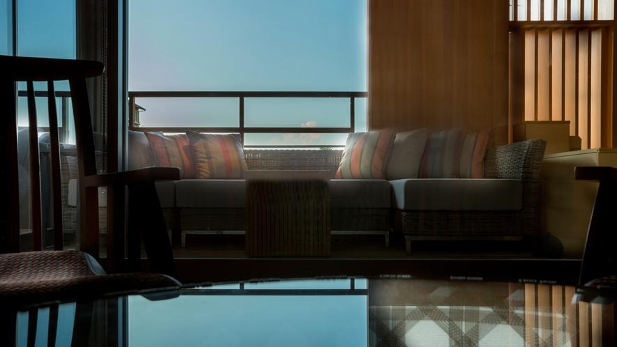 【山翠閣/専有露天風呂付和洋室A】こだわりの家具をしつらえた特別客室