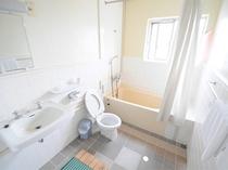 【バスルームの一例】