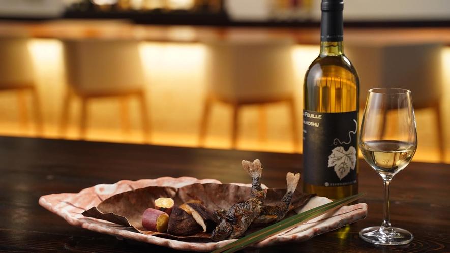 茶料理 一例「天子塩焼」とまるきワイン