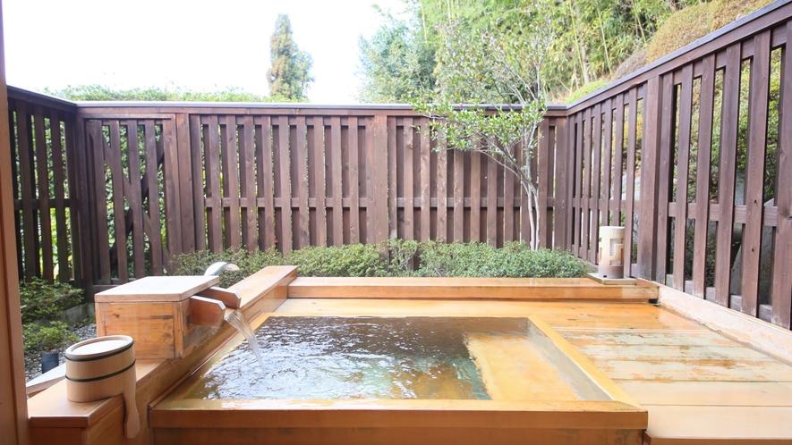 本館離れ【露天風呂/和室10畳】金峰
