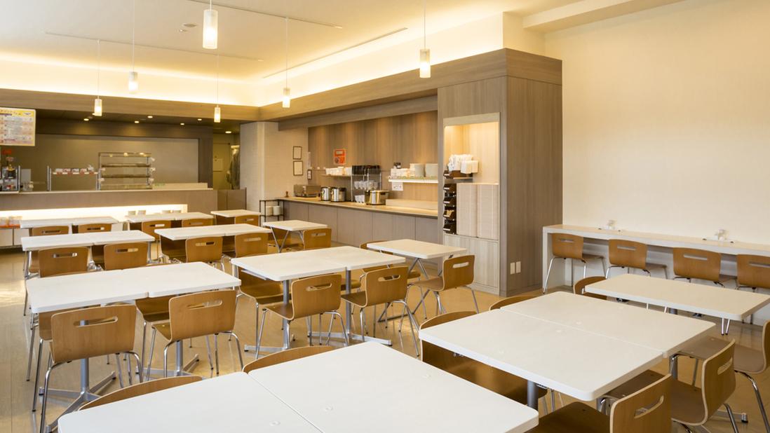 朝食会場【アルテラス】 営業時間7:00〜9:30(最終入場9:00)