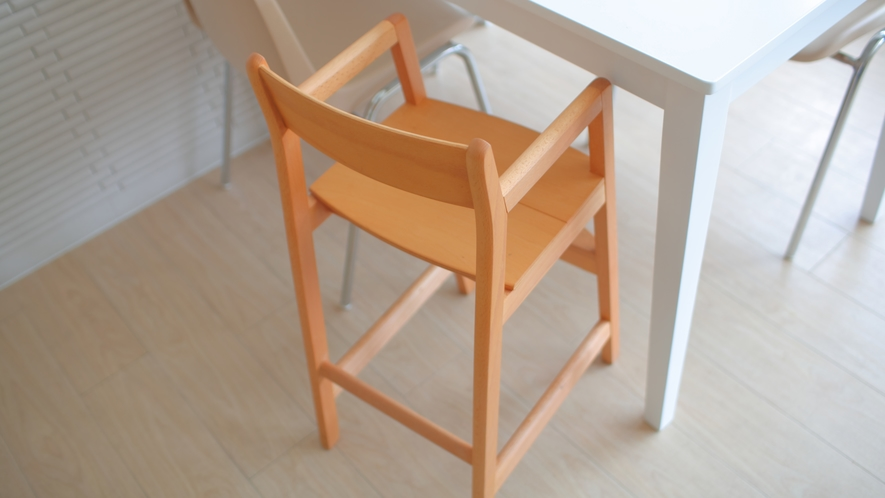 朝食会場にはお子様用の椅子もご用意しております。(数に限りがございます)