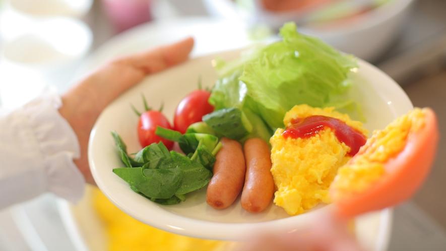 美味しい朝食を、お腹いっぱいお召し上がり下さい。