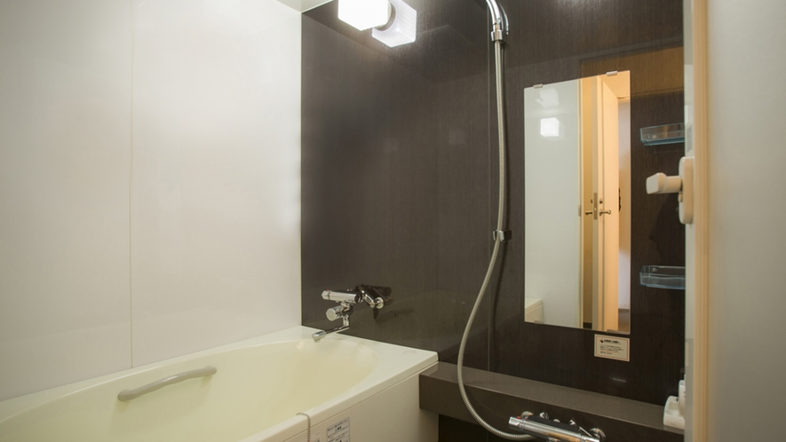 デラックスハリウッドはお風呂とトイレを別々に配置。ユニットバスは苦手!という方におすすめです。