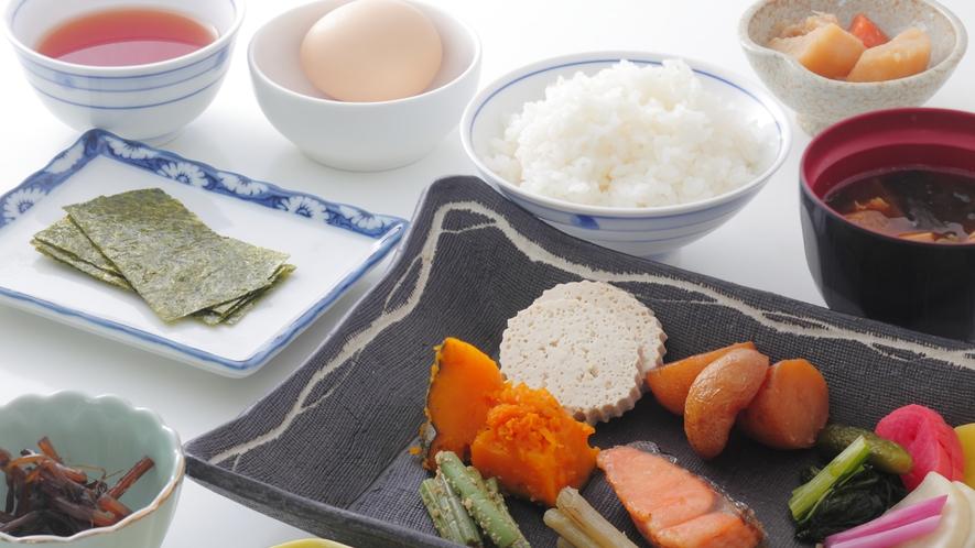 体にやさしい和食も日替わりメニューでご用意。