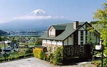富士山とコテージ