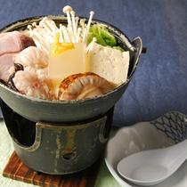 *【夕食(お食事一例)】コラーゲン鍋
