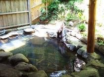 りんどうのコテージの露天風呂