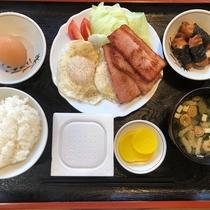 【朝食一例】毎日献立を変えてご用意しております。