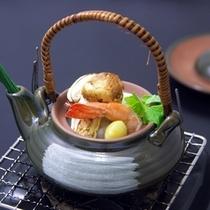 【別注料理】松茸土瓶蒸し(秋季)