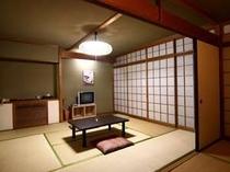 ■客室:和室12畳!広々5名様まで宿泊可能!