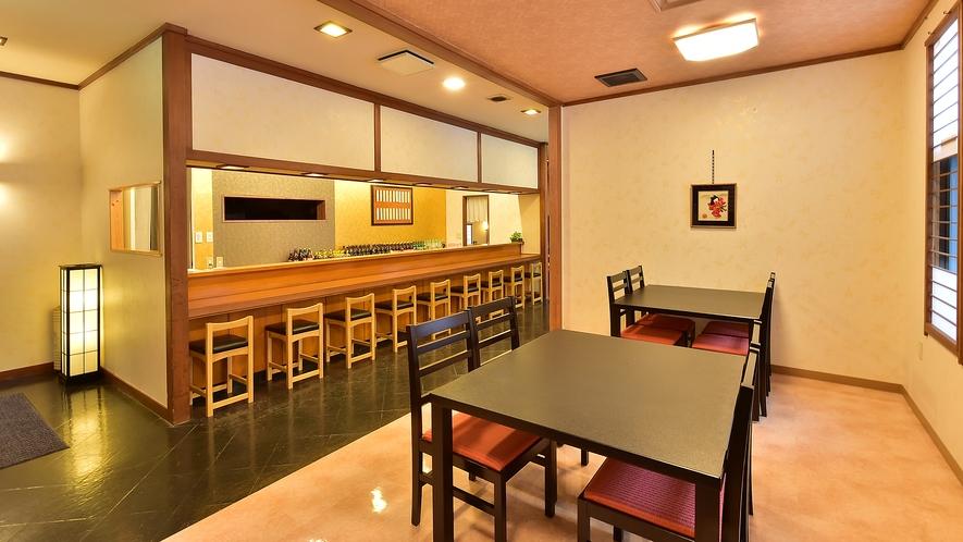 居酒屋「雪」テーブル席もカウンターもご用意しております