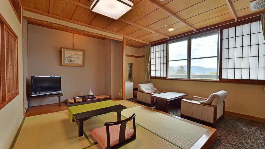 和洋室[2ベッド+畳スペース]の畳の間